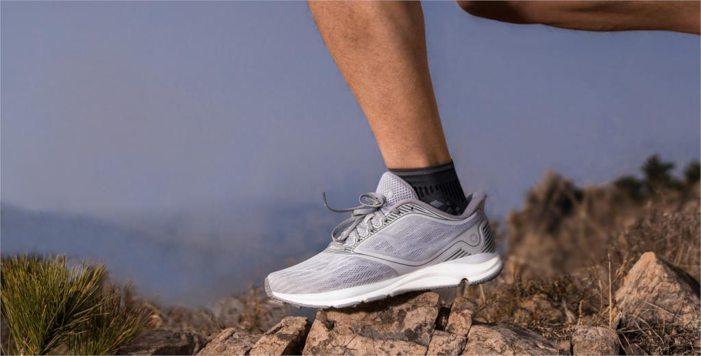 xiaomi amazfit antelope sneakers